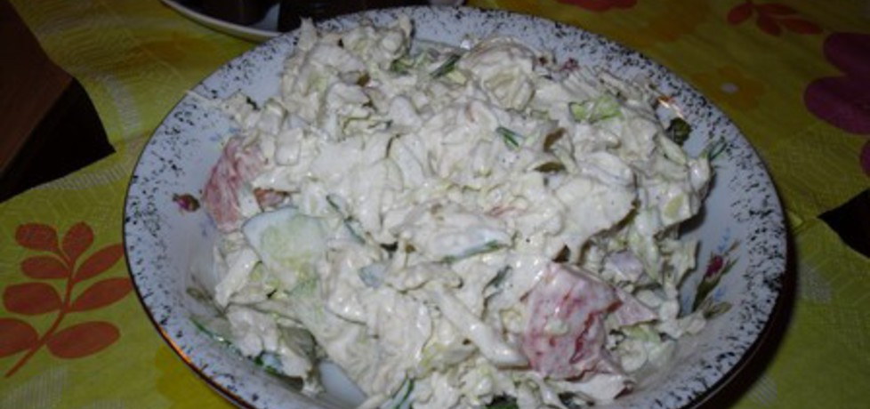 Sałatka z mozarelli i świeżych warzyw (autor: mysiunia ...
