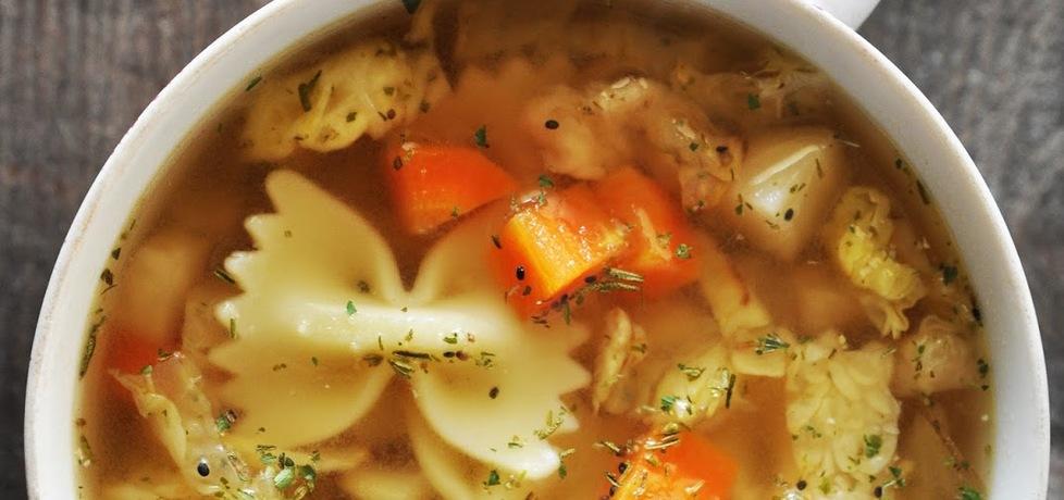 Zupa z kapustą włoską i czubrycą zieloną (autor: kardamonovy ...
