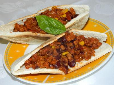 Pita z farszem meksykańskim
