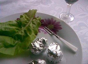 Ślimaki zapiekane w muszlach z białym winem