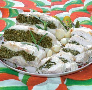 Filety z kurczaka faszerowane szpinakiem i twarogiem ...