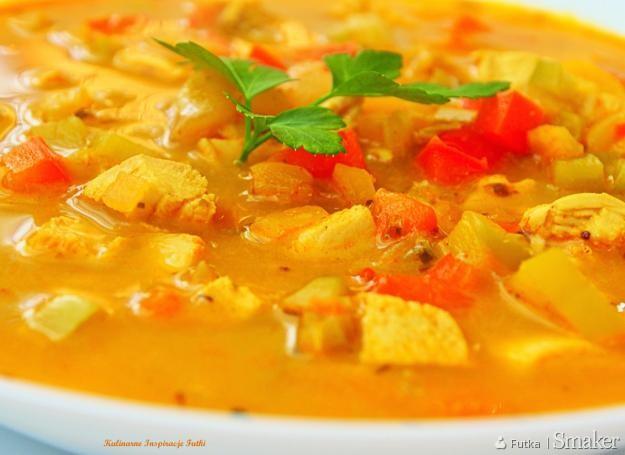 Paprykowa Zupa Curry Z Kurczakiem Przepis Ze Smaker Pl