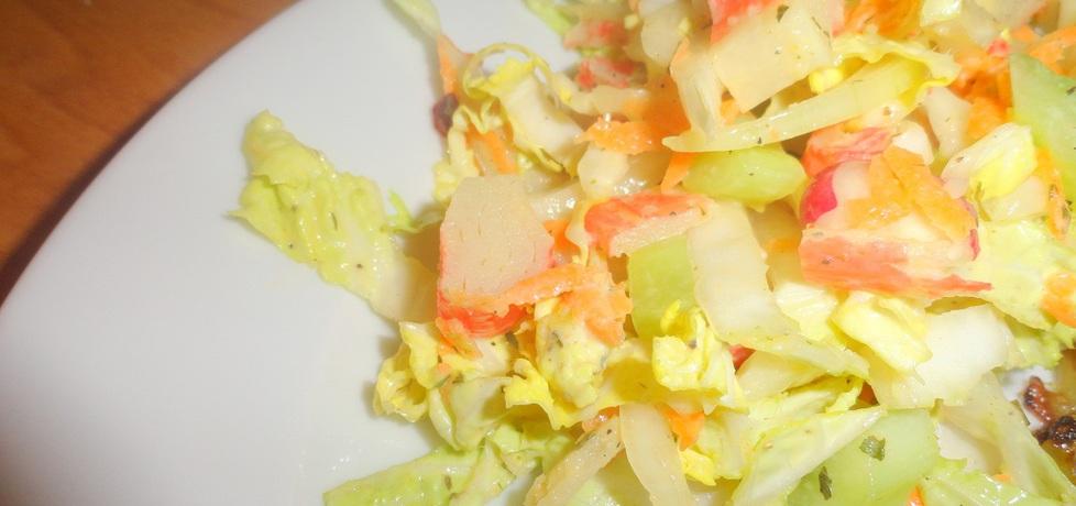 Sałatka z surimi, selerem i marchewką w sosie majonezowym (autor ...