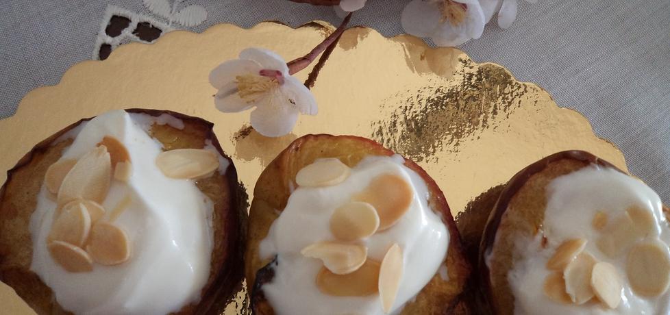 Pieczone brzoskwinie z kremem i migdałami (autor: adagaba ...