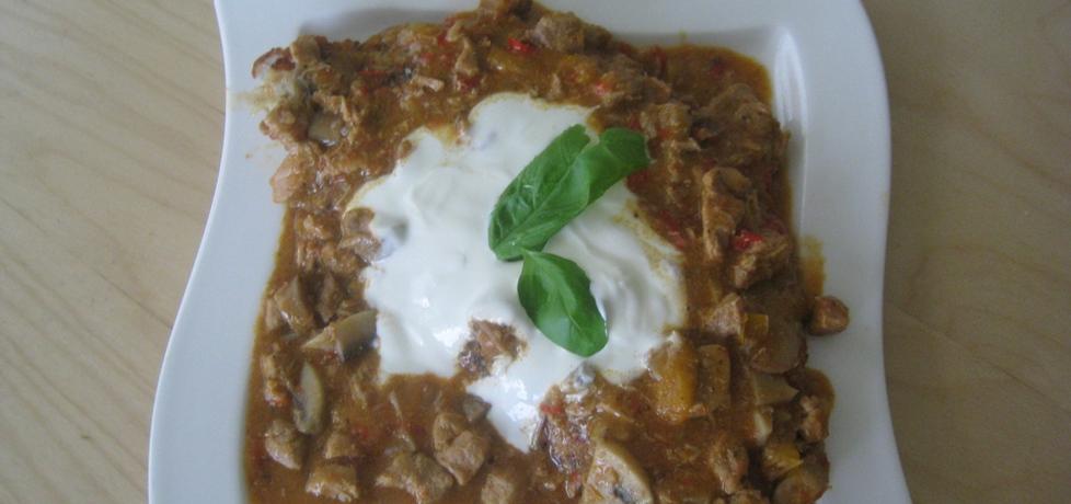 Gulasz mięsno-pieczarkowy (autor: magda60)