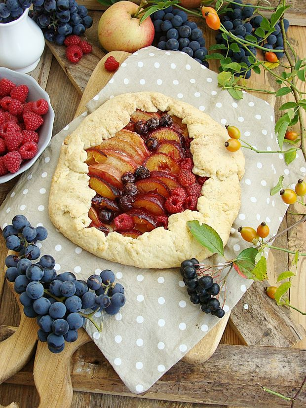 Przepis  rustykalna tarta z owocami jesieni przepis