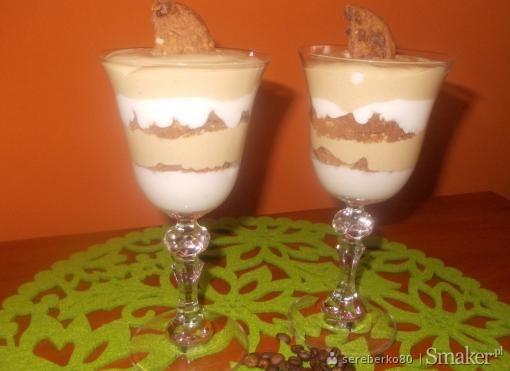 Deser jogurtowo  kawowy