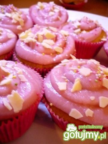 Przepis  różowe muffinki z konfiturą przepis