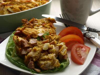 Zapiekanka śniadaniowa z szynką