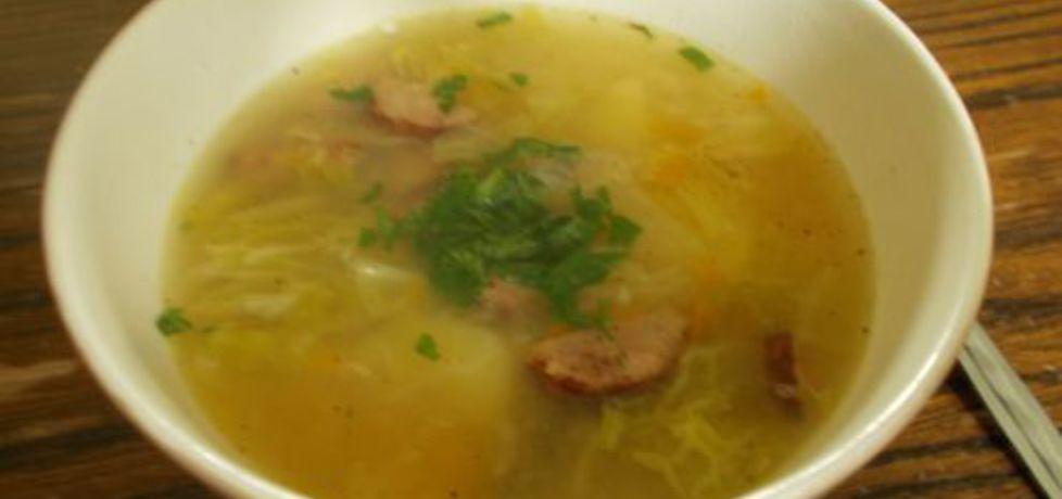 Zupa z kapusty włoskiej i kiełbasy (autor: erym)
