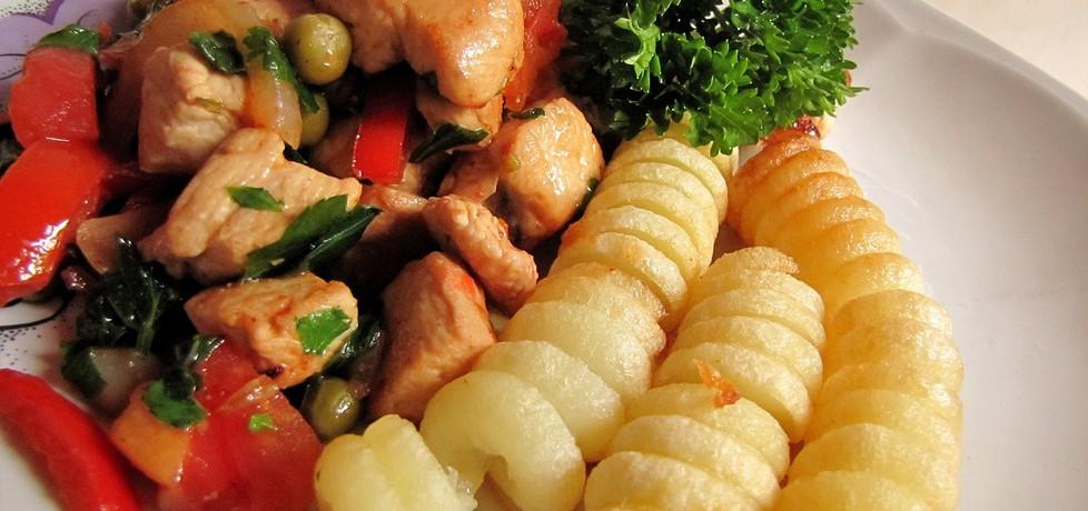 Kurczak z warzywami i świderki ziemniaczane (autor: luna19 ...