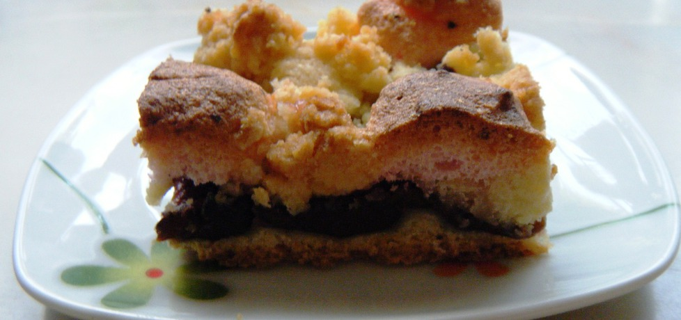 Kruche ciasto ze sliwkami z różową pianką (autor: renatazet ...