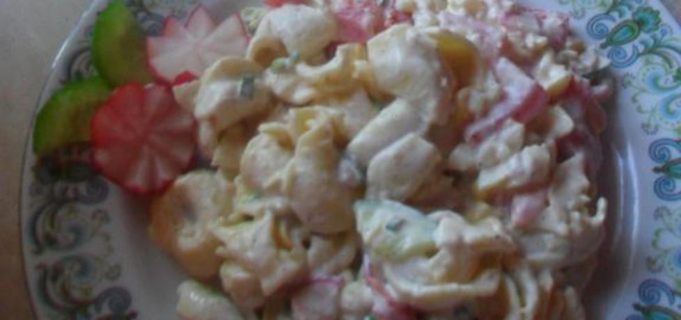 Sałatka z tortellini,kukurydzą i sosem czosnkowym (autor: kasiak90 ...