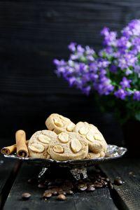 Ciasteczka korzenne z orzeszkami