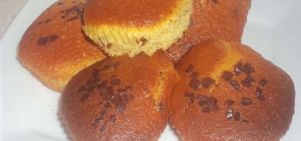 Muffinki z płatkami czekoladowymi (autor: madi356 ...