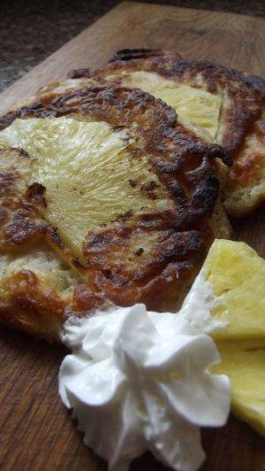 Placuszki z ananasem  prosty przepis i składniki