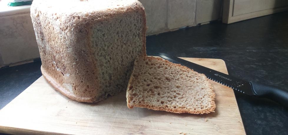Domowy chleb pełnoziarnisto razowy (autor: madzik239 ...