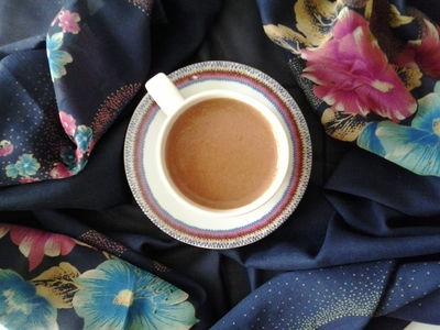 Wiśniowa kawa cappuccino