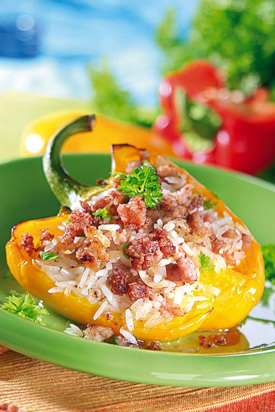 Papryka faszerowana ryżem i mięsem