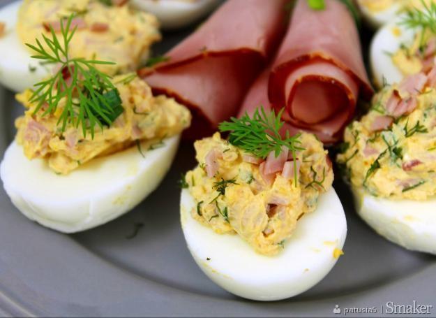 Jajka faszerowane z szynką