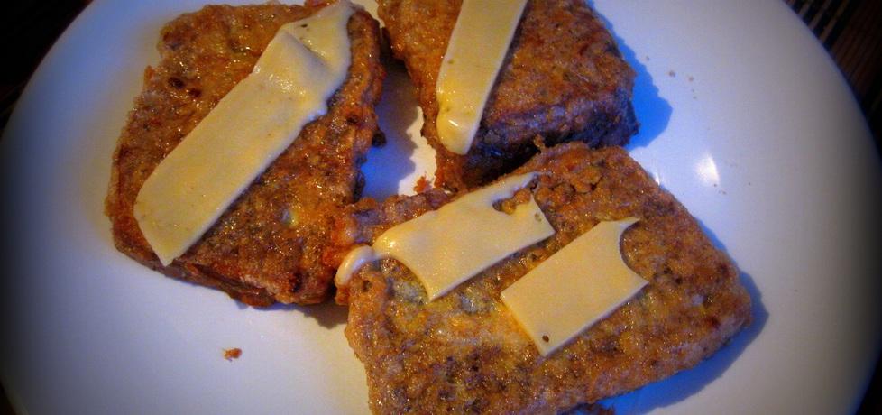 Chleb smażony w jajku z serem żółtym (autor: pyszota ...