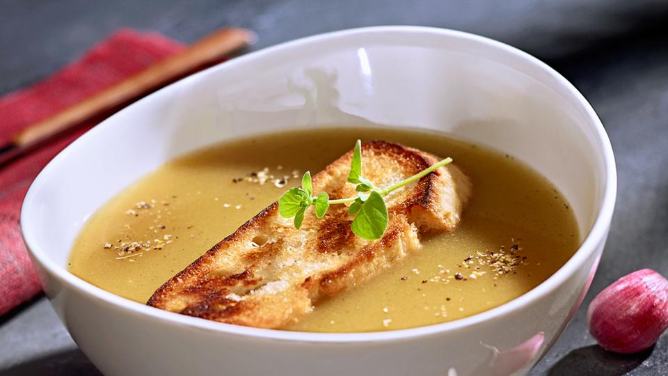 Przepis na zupę czosnkową