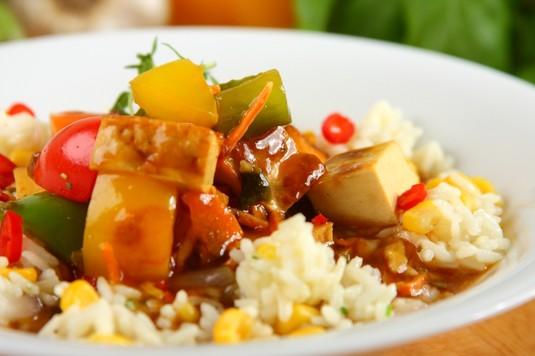 Chińskie tofu z warzywami