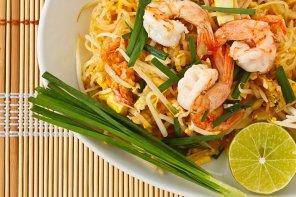 Pad thai (makaron po tajsku)  prosty przepis i składniki