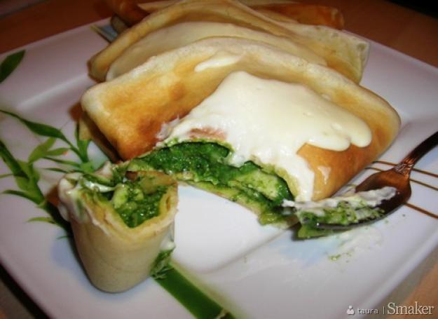 Naleśniki ze szpinakiem, brokułem i serami