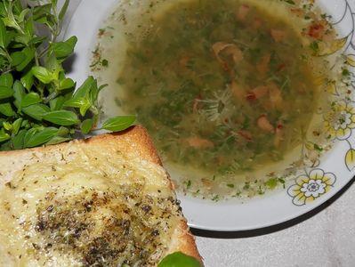Zupa czosnkowo