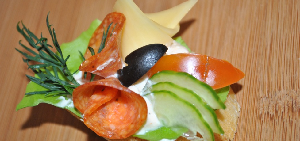 Tartinki z salami i serem (autor: marcin9)