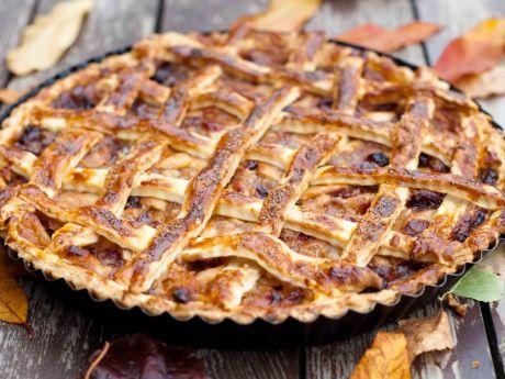 Przepis  tarta z jabłkami i żurawiną w karmelu przepis