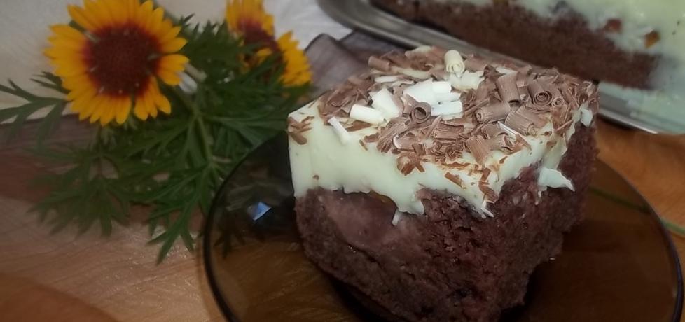 Cukiniowe ciasto ze śliwkami i pianką (autor: beatris ...