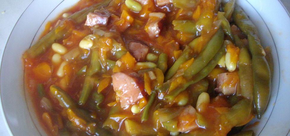 Fasolka szparagowa z kiełbasą w sosie pomidorowym (autor ...