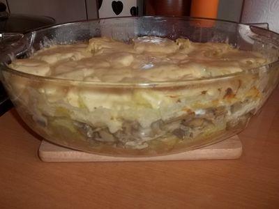 Zapiekanka ziemniaczana z pieczarkami i mięsem drobiowym ...