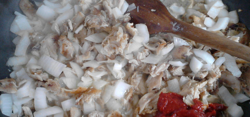 Gotowany kurczak z ryżem na czerwono (autor ...