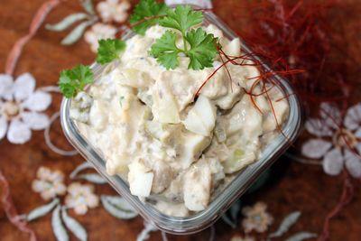 Sałatka z makrelą w oleju