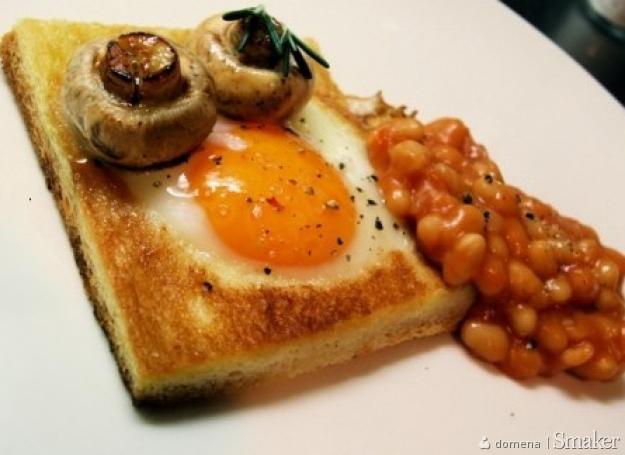 Chleb smażony z jajkiem