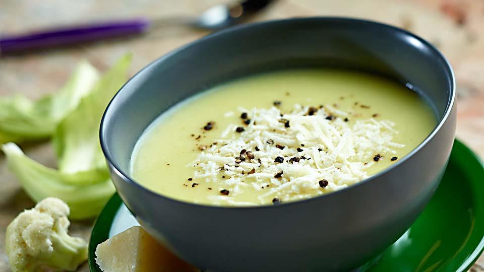 Przepis na kremową zupę z kalafiora