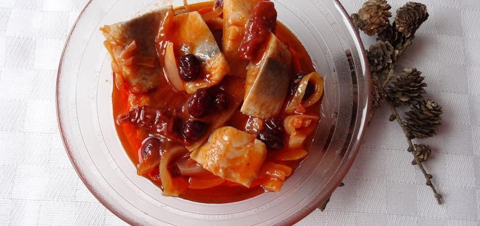 Śledzie z żurawiną i suszonymi pomidorami (autor: cukiereczek ...