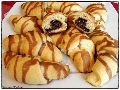 Rogaliki z masą makową i kakaowym lukrem