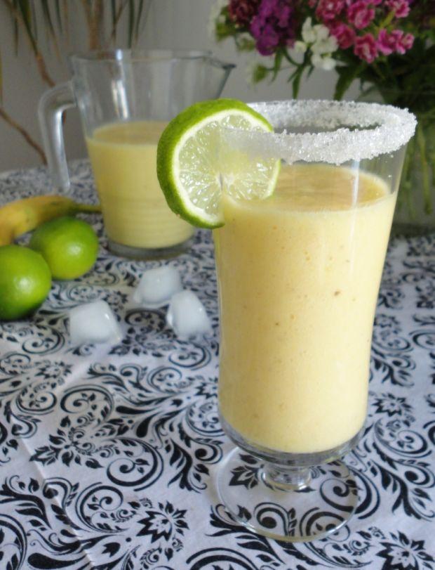 Przepis  smoothie ananasowo-bananowy przepis