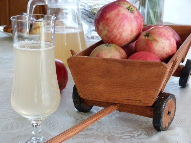 Przepis  kompot jabłkowy przepis