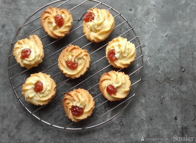 Maślane ciasteczka z marmoladą