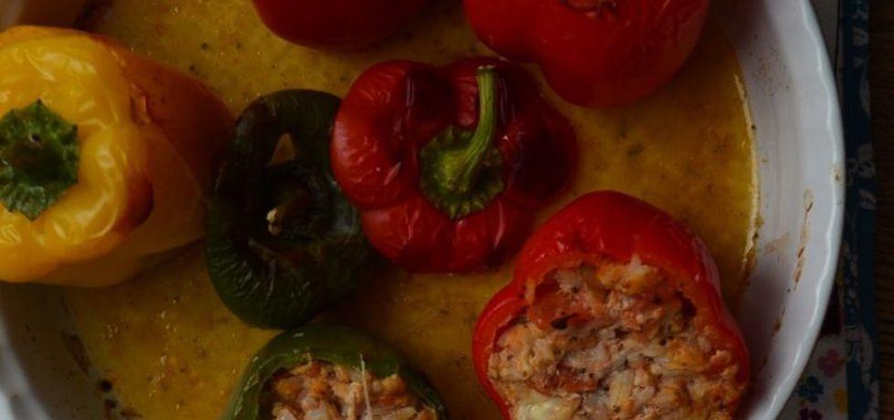 Papryki faszerowane mięsem, ryżem i mozzarellą (autor: leonowie ...