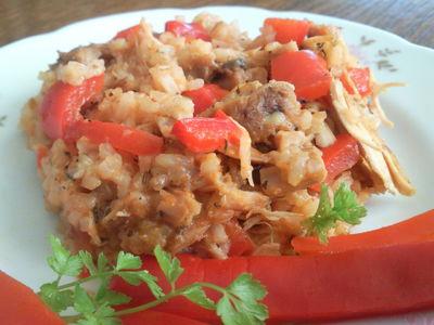 Ryż z piersią kurczaka i marynowaną papryka
