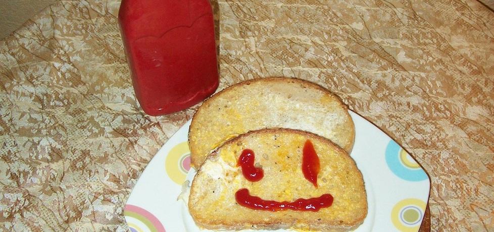 Chlebek w jajku (autor: szarrikka)