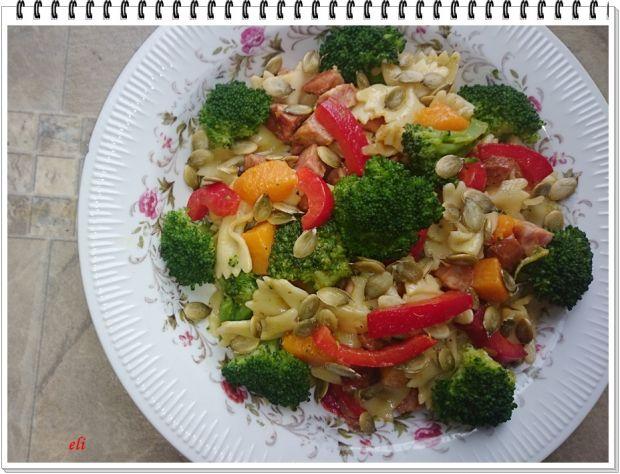 Przepis  sałatka makaronowo warzywna eli przepis