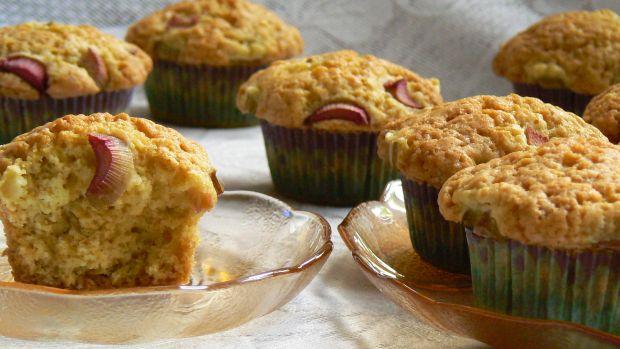 Przepis  muffinki z rabarbarem przepis