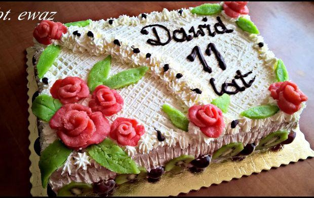 Przepis  tort ze śmietaną i mascarpone przepis